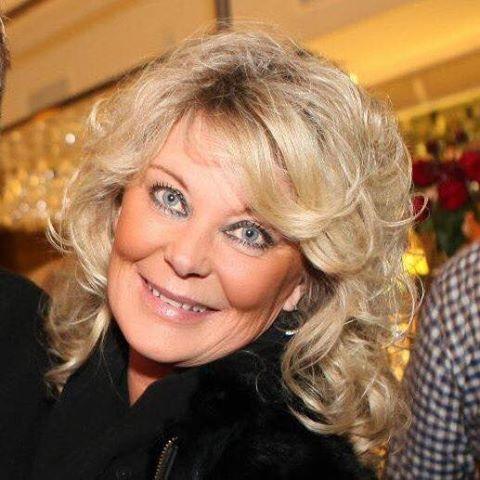Stina Paulsson berättar vad hon tycker om Max och Horan